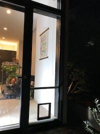 Y様 窓ガラス ペットドア