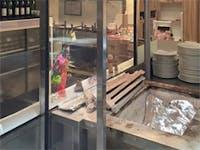 T様 飲食店の焼き場の間仕切りガラス