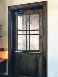 店舗ドアのガラス