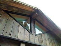 M.K様 屋根裏の三角FIX窓