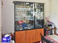 食器棚のガラス扉