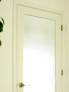 W社S様 ドアのチェッカーガラス