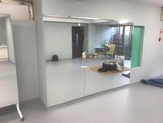 I様 ダンススタジオのスタジオ鏡