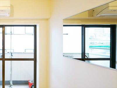 H社T様 リビング鏡(隅田川を鏡を通して室内から見たいため)